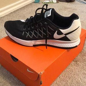 Nike Pegasus 32 DOS